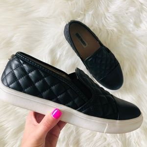Steve Madden | ECENTRCQ Leather Slip on Sneaker